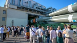 soyuz-expedition-gagarin-launch-pad-baikonur-cosmodrone-tour-chernobylwel-com